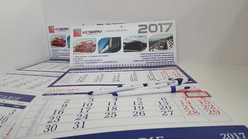 calendar personalizat cu pixuri ieftin la comanda